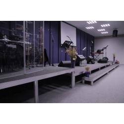inštalácia pevného pódia